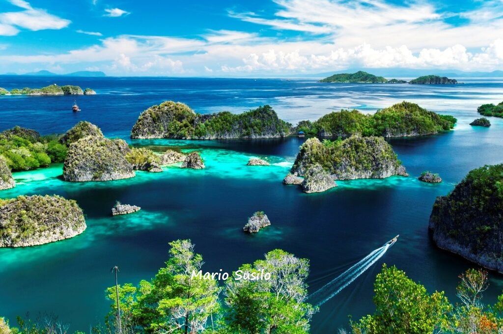 Raja Ampat opens for domestic tourists